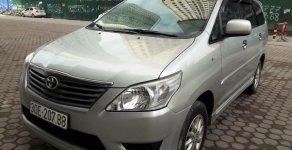 Cần bán lại xe Toyota Innova 2.0 E năm 2013, màu bạc, xe gia đình, giá tốt 525triệu giá 525 triệu tại Hà Nội