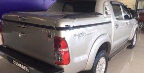 Bán xe Toyota Hilux 3.0L đời 2013, màu bạc giá 521 triệu tại Tp.HCM