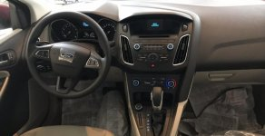 Cao Bằng- Bán Ford Focus 5 cửa, đời 2018, màu trắng, sẵn xe, giao ngay, hỗ trợ thủ tục kể cả KH tỉnh, Lh 0969016692 giá 580 triệu tại Cao Bằng
