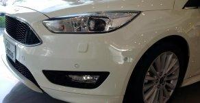 Bán Ford Focus 4 cửa đời 2018, màu đỏ giá luôn cạnh tranh nhất, đủ màu, giao luôn tại Điện Biên giá 580 triệu tại Điện Biên
