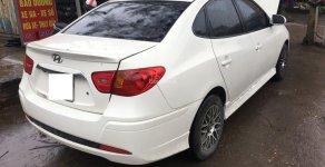 Cần bán Hyundai Elantra đời 2011 màu trắng, giá tốt giá 290 triệu tại Hà Nội