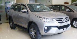 Cần bán Toyota Fortuner 2.4AT sản xuất 2018, màu bạc, nhập khẩu nguyên chiếc giá 1 tỷ 26 tr tại Hà Nội