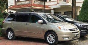 Cần bán gấp Toyota Sienna năm sản xuất 2005, nhập khẩu, giá tốt giá 655 triệu tại Hà Nội