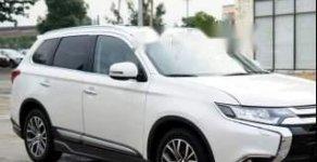 Bán Mitsubishi Outlander CVT Premeum 2018, màu trắng, giá chỉ 980 triệu giá 980 triệu tại Hà Nội