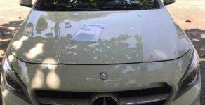 Bán Mercedes 200 đời 2015, màu trắng, xe odo 40,000 km giá 1 tỷ 100 tr tại Tp.HCM