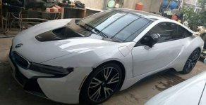 Chính chủ bán lại xe BMW i8 2014, màu trắng, nhập khẩu nguyên chiếc giá 3 tỷ 700 tr tại Tp.HCM