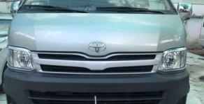 Bán xe Toyota Hiace đời 2011, màu bạc xe gia đình giá 356 triệu tại Tp.HCM