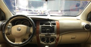 Cần bán Nissan Grand livina sản xuất 2011, màu xám, giá 390tr giá 390 triệu tại Tp.HCM