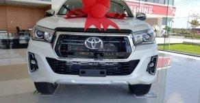 Bán xe Toyota Hilux đời 2018, màu trắng, nhập khẩu giá 695 triệu tại Hà Nội