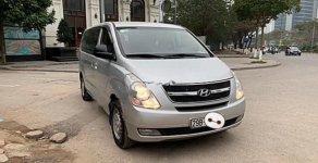 Bán Hyundai Grand Starex 2.4 MT năm sản xuất 2009, màu bạc, nhập khẩu giá 390 triệu tại Hà Nội