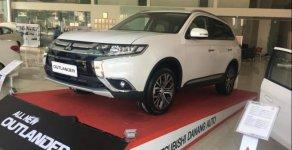 Bán xe Mitsubishi Outlander đời 2019, màu trắng giá 807 triệu tại Đà Nẵng