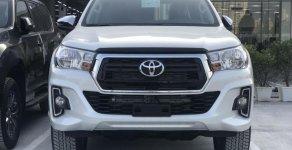 Duy nhất 1 xe Hilux 2.4 G số tự động màu trắng, xe cực hot, giao ngay, liên hệ mr. Lộc 0942.456.838 để nhận khuyến mãi tốt giá 662 triệu tại Hà Nội
