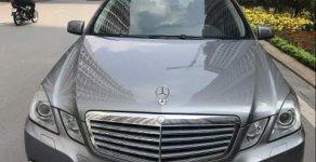 Cần bán Mercedes E300 năm 2010, màu xám giá 895 triệu tại Hà Nội