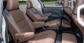 Bán Toyota Sienna Limited năm sản xuất 2019, màu trắng sang trọng giá 4 tỷ 315 tr tại Hà Nội