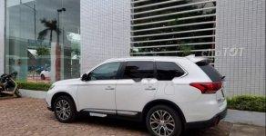Bán Mitsubishi Outlander 2.0 đời 2017, màu trắng, nhập khẩu Nhật Bản giá 1 tỷ 50 tr tại Hà Nội