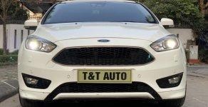 Cần bán Ford Focus năm 2016 màu trắng, giá tốt giá 686 triệu tại Hà Nội