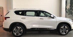 Bán xe Hyundai Santafe 2019, màu trắng, giao ngay giá 1 tỷ 135 tr tại Tp.HCM
