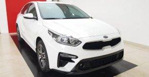 Bán Kia Cerato Deluxe sản xuất năm 2019, màu trắng, giá tốt giá 635 triệu tại Hà Nội