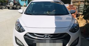 Cần bán Hyundai i30 2015, màu trắng, xe nhập giá 525 triệu tại Tp.HCM