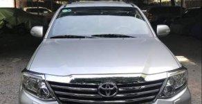 Cần bán gấp Toyota Fortuner năm sản xuất 2013, màu bạc xe gia đình giá 726 triệu tại Tp.HCM