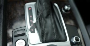 Bán Audi Q7 sản xuất 2014 nhập khẩu chính hãng, màu đen nâu giá 1 tỷ 850 tr tại Tp.HCM