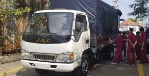 Xe tải Isuzu-JAC 2.4 tấn, động cơ Isuzu, thùng dài 4.4 mét cabin điều hòa, kính điện giá 360 triệu tại Thái Bình