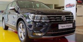 SUV Đức Volkswagen Tiguan rộng rãi, màu đen, có ngay, vay 90%, lãi 4.99% giá 1 tỷ 729 tr tại Tp.HCM