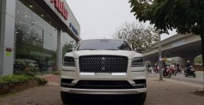 Cần bán xe Lincoln Navigator L Black Label sản xuất năm 2019, màu trắng, nhập khẩu nguyên chiếc giá 8 tỷ 900 tr tại Hà Nội