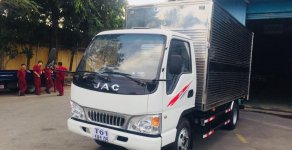 Bán xe tải JAC 2T4 máy Isuzu, giá cạnh tranh giá 385 triệu tại Tp.HCM