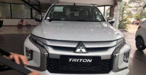 Bán Mitsubishi Triton đời 2019, màu trắng, nhập khẩu   giá 818 triệu tại Hà Nội