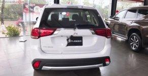Cần bán xe Mitsubishi Outlander 2.0 CVT năm sản xuất 2018, màu trắng giá 808 triệu tại Hà Nội