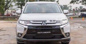 Bán xe Mitsubishi Outlander 2.0 CVT đời 2019, màu trắng, giá cạnh tranh giá 808 triệu tại Đà Nẵng