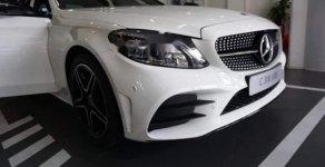 Bán xe Mercedes C300 AMG sản xuất 2019, màu trắng giá 1 tỷ 897 tr tại Tp.HCM