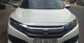 Bán xe Honda Civic đời 2017, màu trắng, xe nhà đi kỹ, bảo dưỡng thay nhớt định kỳ giá 850 triệu tại Tp.HCM