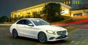 Cần bán xe Mercedes C200 sản xuất năm 2019, màu trắng giá 1 tỷ 499 tr tại Tp.HCM