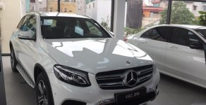 Bán GLC 200 2019 hỗ trợ trả góp 80 %, xe đủ mầu, giao ngay liên hệ giá 1 tỷ 699 tr tại Hà Nội