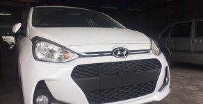 Cần bán Hyundai Grand I10 1.2 AT màu trắng 2018, xe mới giá 390 triệu tại Tp.HCM