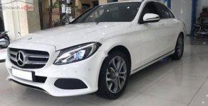 Cần bán xe Mercedes C200 đời 2016, màu trắng, xe chính chủ sử dụng 1 đời chủ giá 920 triệu tại Hà Nội