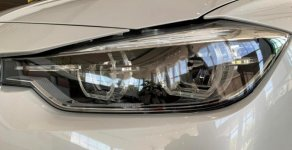 Bán ô tô BMW 3 Series 320i đời 2018, màu trắng, mới 100% giá 1 tỷ 689 tr tại Tp.HCM