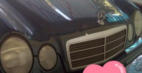 Cần bán xe Mercedes-Benz E230, xe đẹp, chưa đâm đụng hoặc ngập nước giá 115 triệu tại Nghệ An