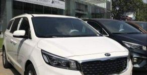 Cần bán xe Kia Sedona đời 2019, màu trắng giá 1 tỷ 119 tr tại Tp.HCM