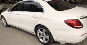 Cần bán xe Mercedes E250 sản xuất năm 2017, màu trắng chính chủ giá 2 tỷ 150 tr tại Hà Nội