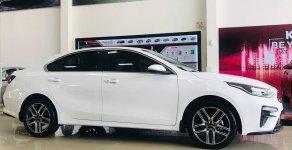 Xe KIA Cerato 2019 1.6AT, trả 140 triệu lấy xe, giá nhiều ưu đãi giá 635 triệu tại Tp.HCM