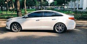Bán xe Hyundai Sonata đời 2015, màu trắng giá cạnh tranh giá 700 triệu tại Tp.HCM