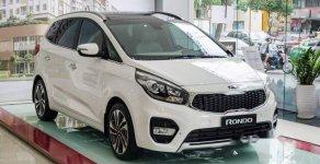 Bán xe Kia Rondo đời 2019, màu trắng, 599tr giá 599 triệu tại Tp.HCM