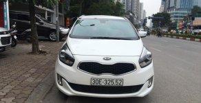 Cần bán gấp Kia Rondo GAT đời 2016, màu trắng giá 585 triệu tại Hà Nội