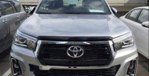 Bán Toyota Hilux 2019, màu bạc, nhập khẩu  giá 858 triệu tại Tp.HCM