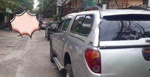 Gia đình bán gấp Mitsubishi Triton đời 2012, màu bạc giá 315 triệu tại Hà Nội