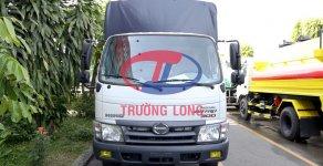 Xe tải mui bạt bửng inox 4.8 tấn | Hino XZU342LTKD3 (nhập khẩu) kèm phụ kiện và ưu đãi giá 654 triệu tại Tp.HCM