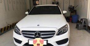 Bán xe Mercedes C300 AMG 2016 màu trắng bản full kịch giá 1 tỷ 620 tr tại Tp.HCM